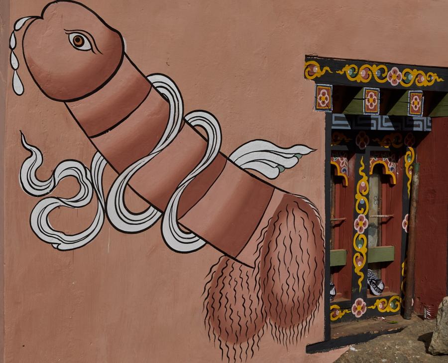 Der Penis schmückt das Haus inBhutan